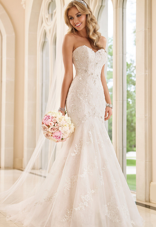 6051 – Stella York NOW £899