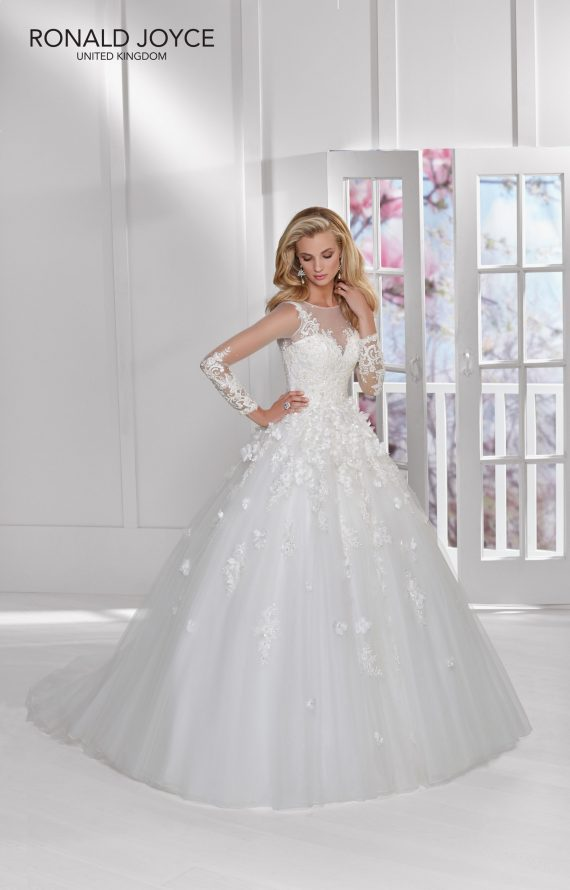 Natasha – Ronald Joyce Wedding Dress